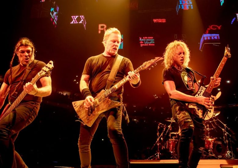 Metallica reprennent Johnny Hallyday au Stade de France